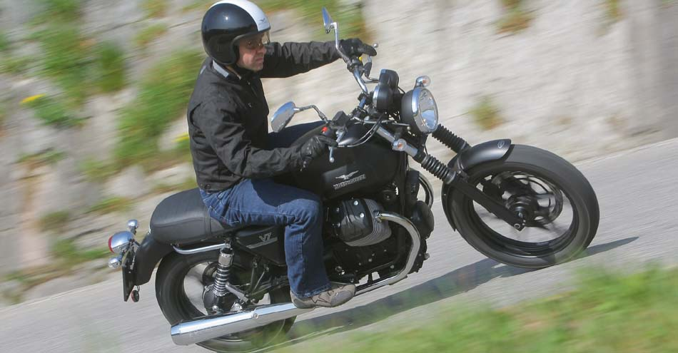 Cimt Moto Guzzi V7 Rental In Italy